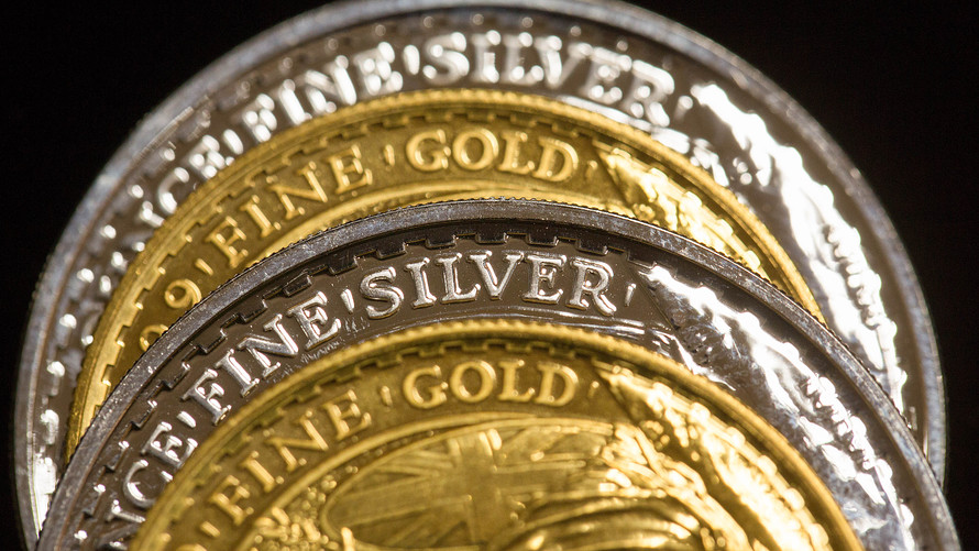 Zlato a stříbro plus dolar