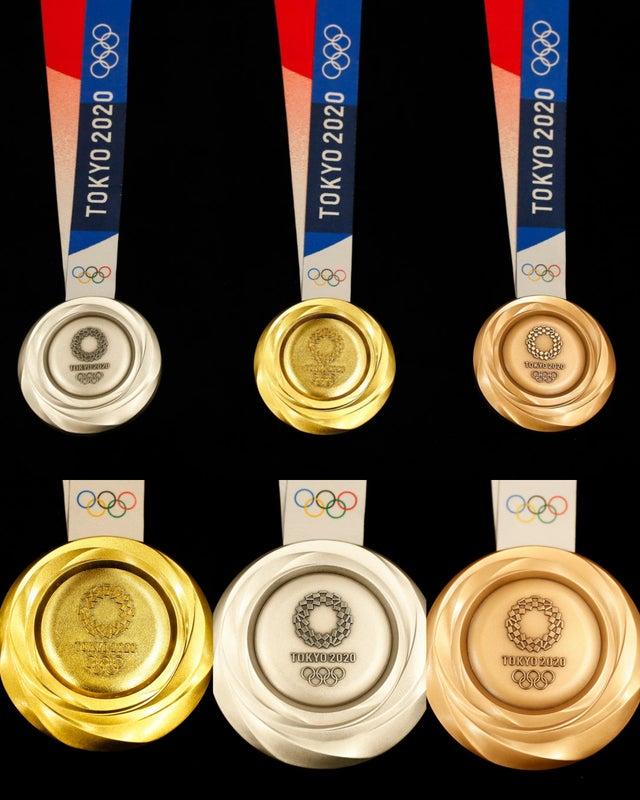 Cena zlaté medaile je téměř 200 x větší než cena bronzové